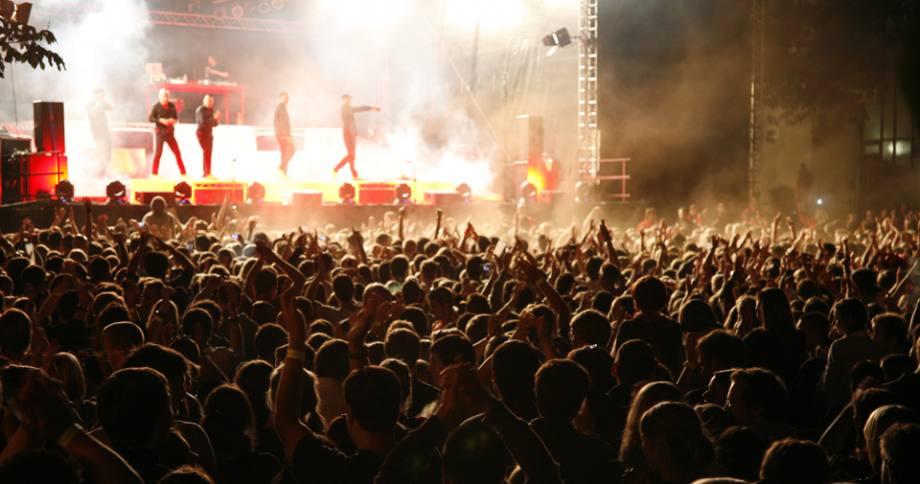 Bild zu Galeo System<br> begeistert<br> 15000 Fans.